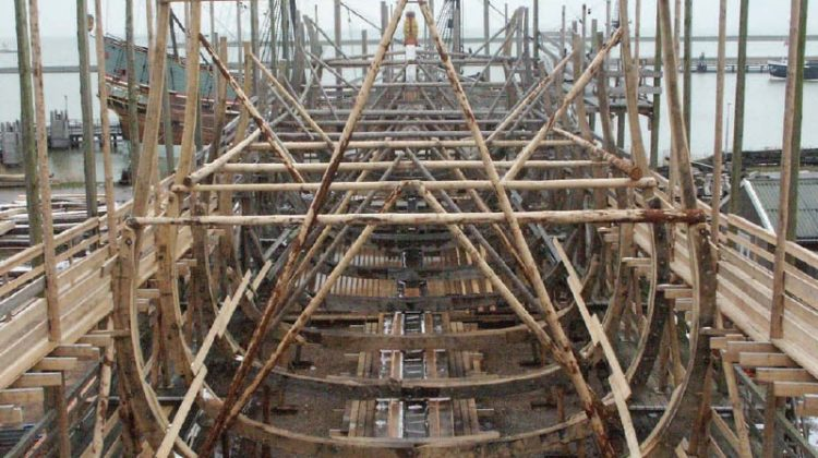 A replica of the 17th century Dutch admiralty warship, The Seven Provinces, has been reconstructed at the Batavia Werf, with the help of Powerproject.