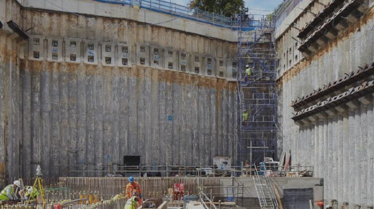 International engineering and construction giant Laing O'Rourke used Powerproject from Elecosoft for its planning and programme management on Oxford University's Beecroft physics building.